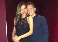 Model Amine Gülşe ile futbolcu Mesut Özil'in düğünü iptal mi oldu?