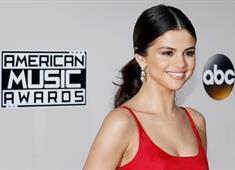 Selena Gomez, Tarkan hayranı çıktı